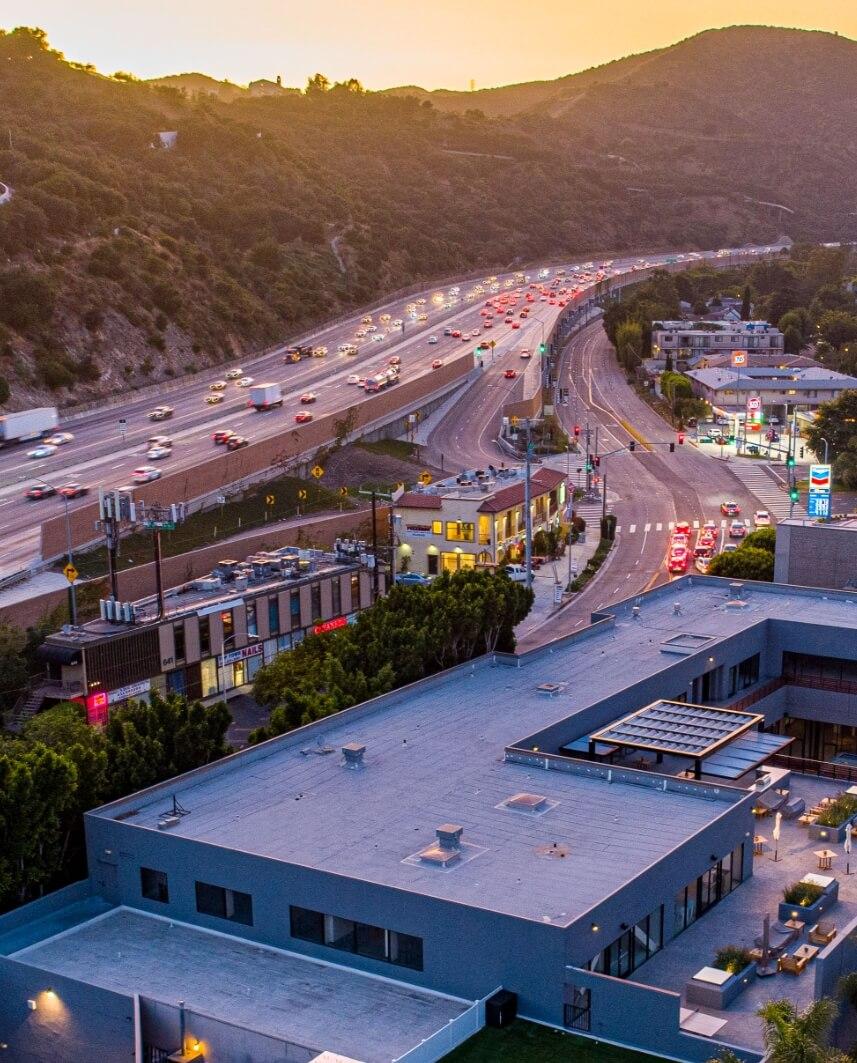 640 Sepulveda office building adjacent to 405 freeway in Los Angeles